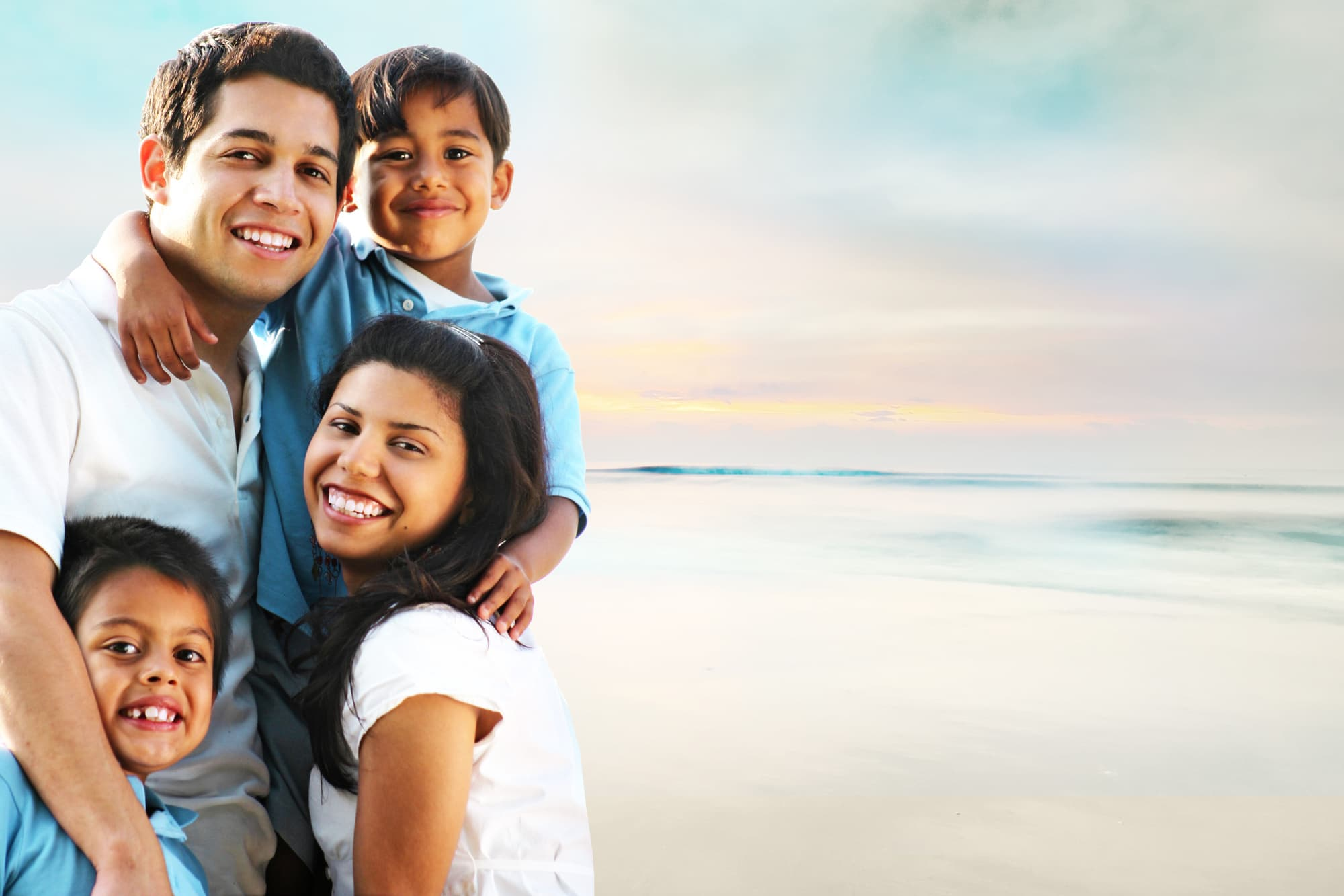 Read more about the article Ready, Set, Click: 9 Tips for What to Wear for Family Photos